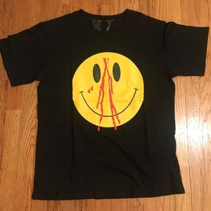 Vlone Smiley Face T-Shirt Brand New-L